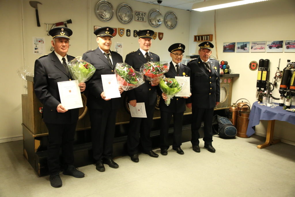 Brandvæsenet fejrer sine loyale brandmænd
