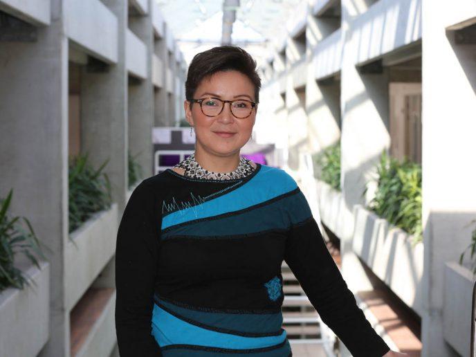 Laura Taunâjik vender tilbage til kommunalbestyrelsen efter barselsorlov